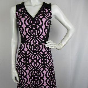 Adrianna Papell dress size 2, V-Neck zipper Back